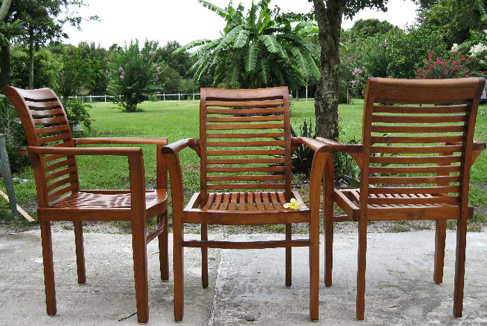 Teakwood Outdoor Furniture   Chairs Restored....... Ç Chairs In State  Before U0026 During The Restoration Process È